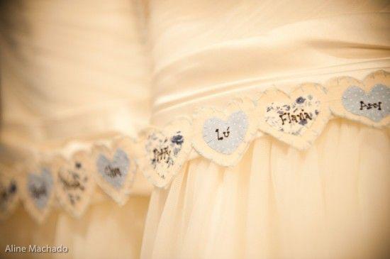 Barra do Vestido de Noiva - Nome das Amigas Solteiras - Espaço La Forêt